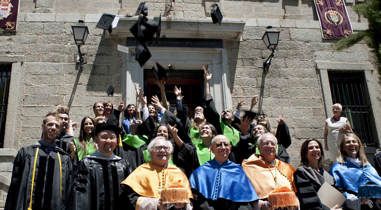 II Promoción de graduados quiroprácticos en el RCU Escorial-María Cristina (junio 2013)